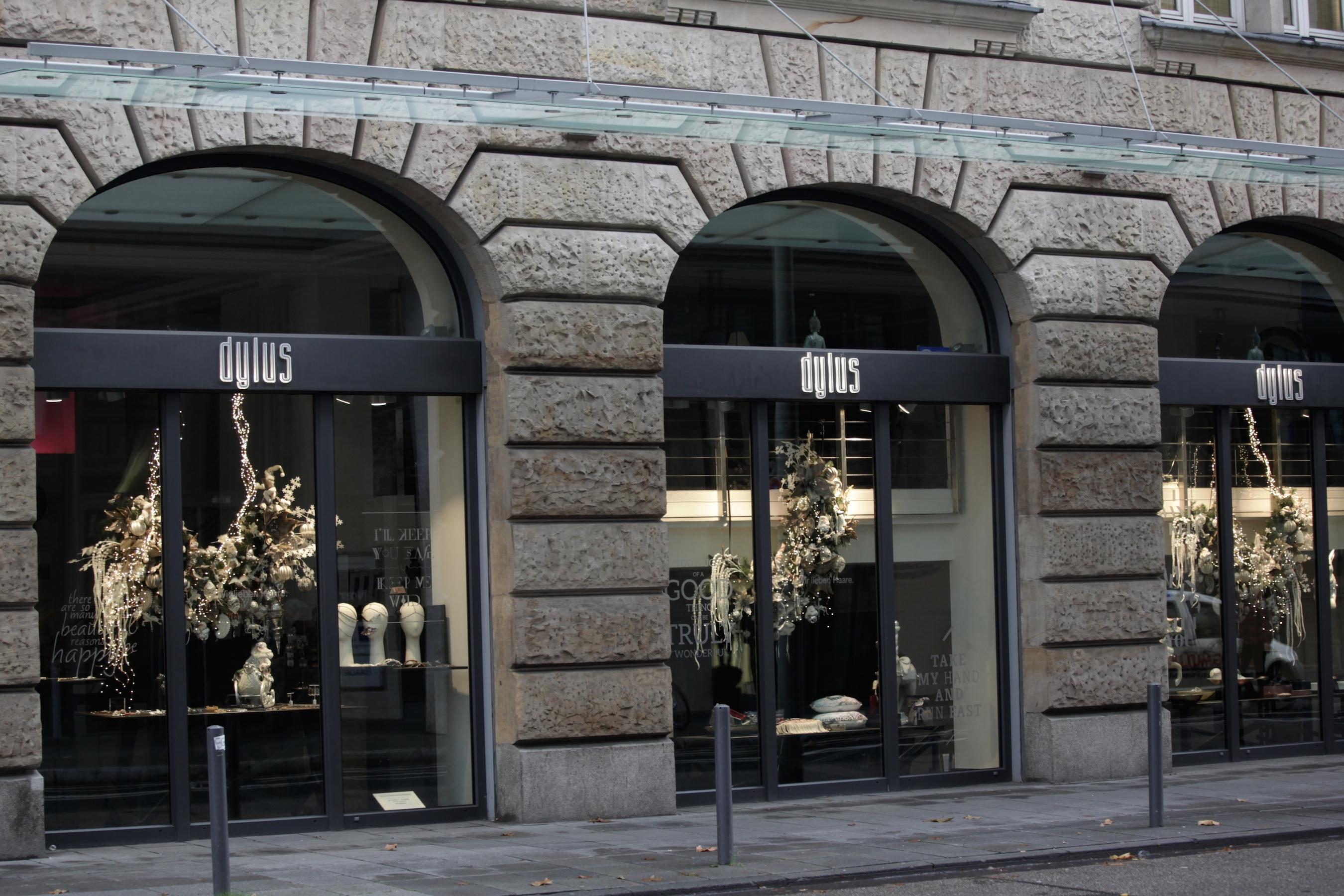 Schaufensterdekoration Weihnachten Weihnachtsdekoration Inspiration Dylus Frankfurt